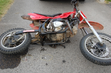 380_Image_PA_mini-moto_crash